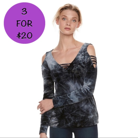 926c756e38046 NWT  rock   republic  Black Tie Dye Velvet Top LG